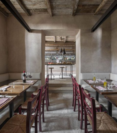MH Bar, Vineria, Ristorante